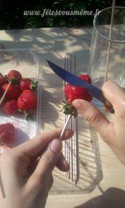 Bouquet gourmand de fraises - découpe 1 - Fêtes vous même