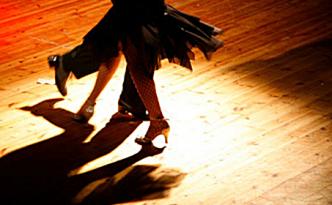 Les danses cubaines - Fêtes vous même