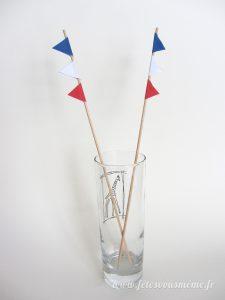 Guirlande de drapeaux tricolores - agitateurs - Fêtes vous même